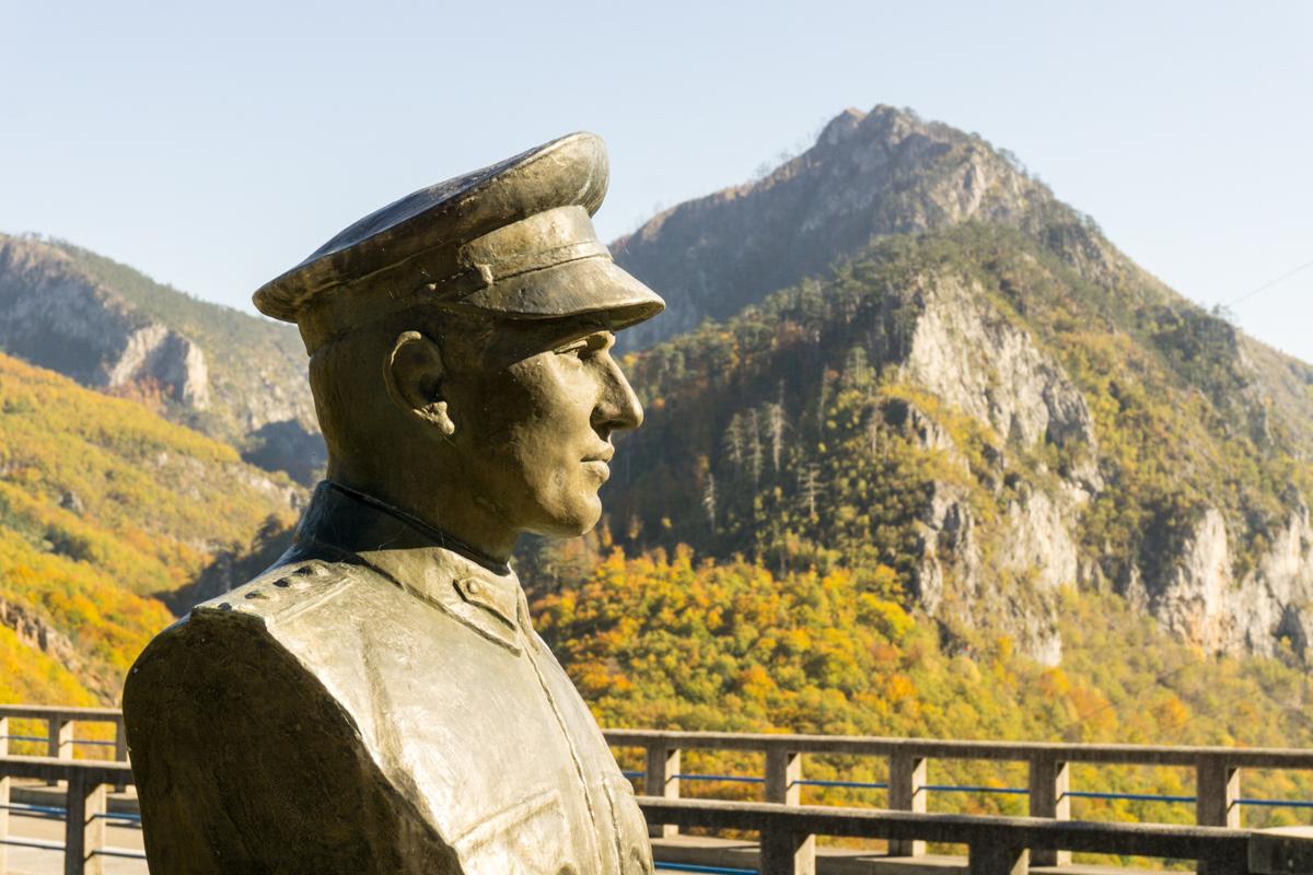Statue to Mijat Trojanović, the bridge designer